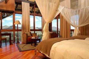 Top 7 Feng Shui Bed Placing Tips for a Healing, Regenerative Sleep