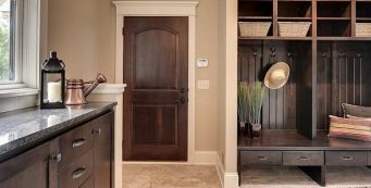 5 Mudroom Furniture Items for a Perfect Small Area