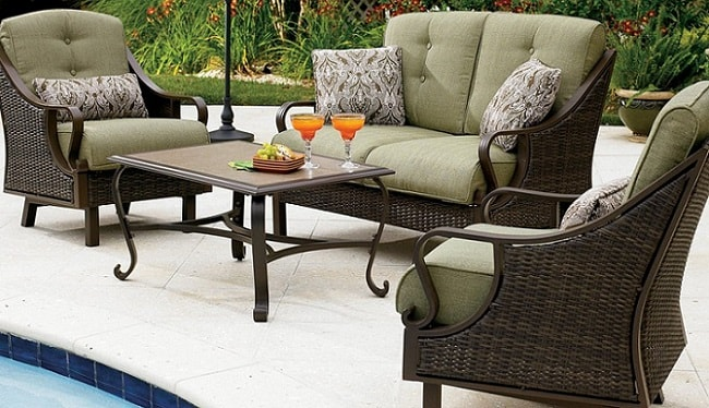 a beautiful Hanover Ventura outdoor furniture set