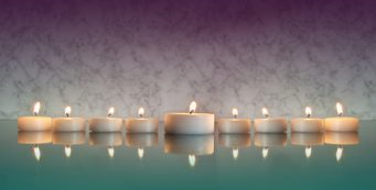 feng shui mirrors: candles on top of feng shui mirrors